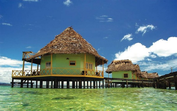 10 Spectacular Resorts with Overwater Bungalows photo - 1. Punta Caracol, Panama