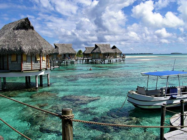 10 Spectacular Resorts with Overwater Bungalows photo - 5. Tikehau Pearl Beach Resort, French Polynesia