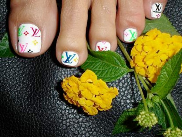 35 Things That Shouldn't Be Louis Vuitton-Monogrammed - Louis Vuitton toenails photo