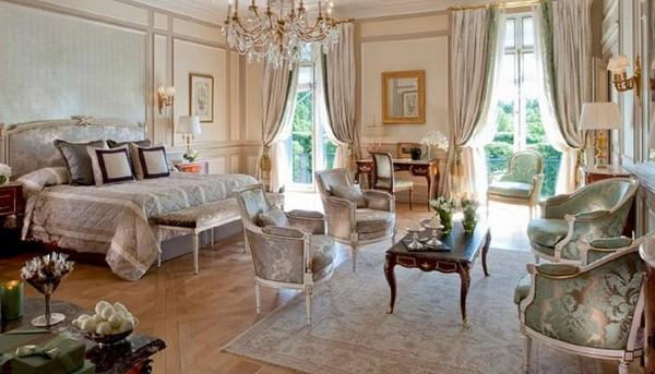 Extravagant New Suites at Le Meurice hotel Paris photo 2