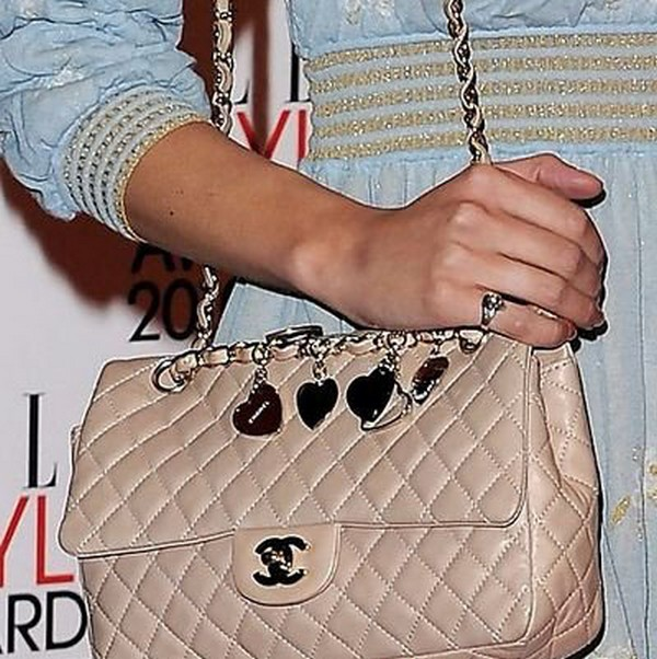 Luxury Trends - Nude Color Handbag - Alexa Chung Chanel bag photo 2