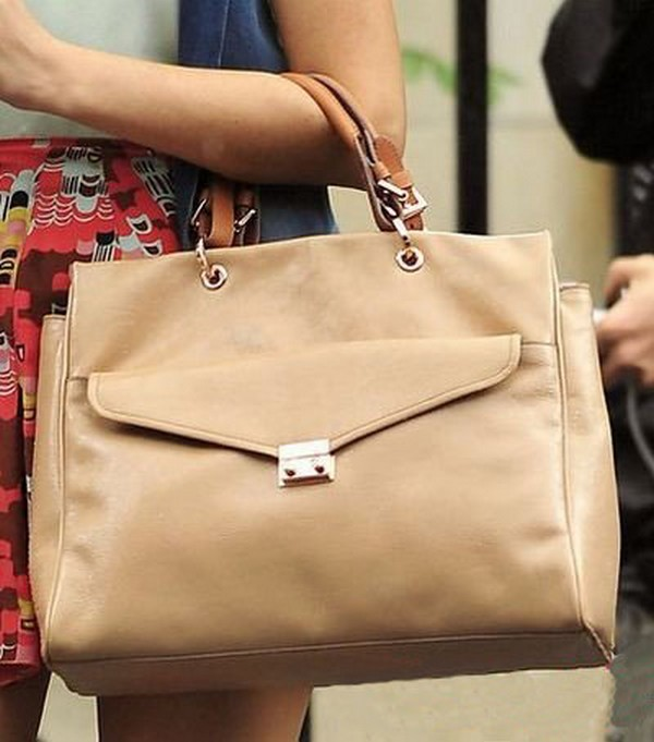 Luxury Trends - Nude Color Handbag - Blake Lively street style photo 2