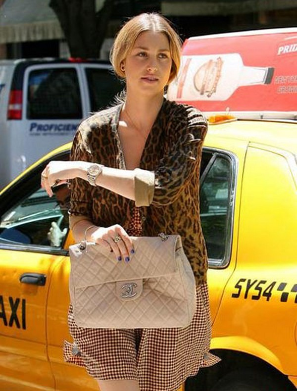 Luxury Trends - Nude Color Handbag - Whitney Port chanel bag street style photo 1