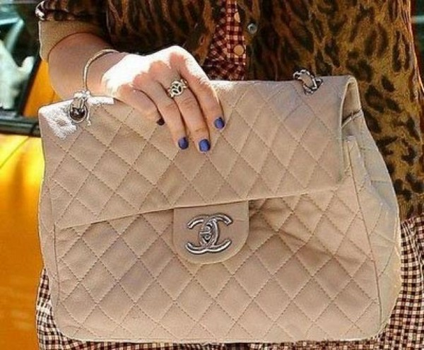 Luxury Trends - Nude Color Handbag - Whitney Port nude chanel bag street style photo 1