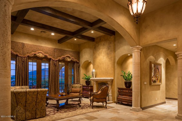 1.10 acre luxury home in Paradise Valley, Arizona-10