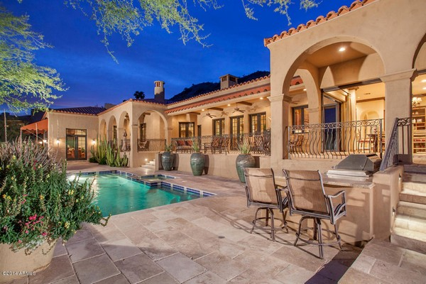 1.10 acre luxury home in Paradise Valley, Arizona-4