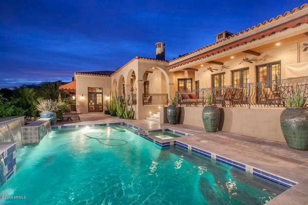 1.10 acre luxury home in Paradise Valley, Arizona-5