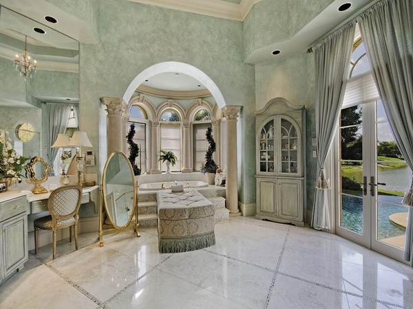 1.76 Acre Lakefront Estate in Naples, Florida-4