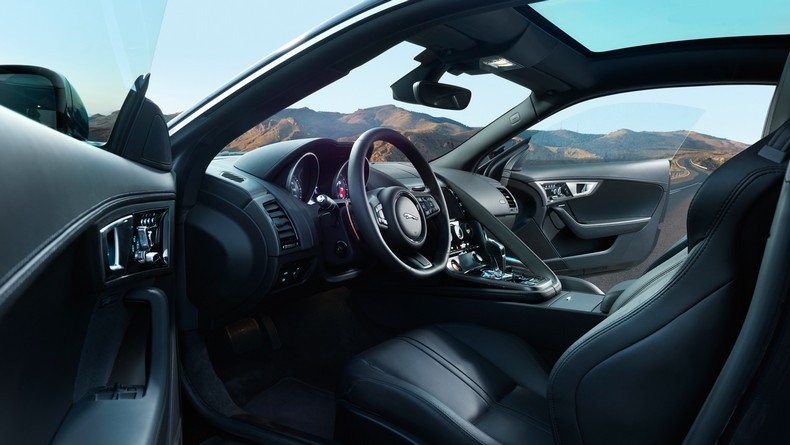 2016 F-TYPE S AWD Coupe with Jet leather sport seats