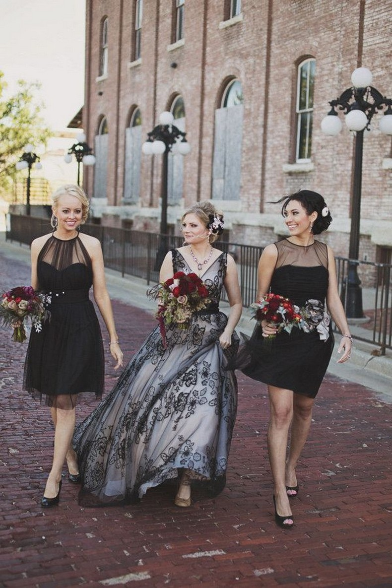 Black V-neck Lace Wedding Gown