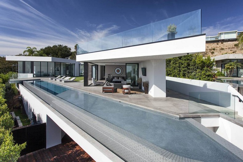 Calvin Klein Buys Beautiful Mansion in Hollywood Hills, Los Angeles for $25 Millions photo 1