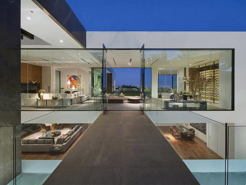 Calvin Klein Buys Beautiful Mansion in Hollywood Hills, Los Angeles for  Millions photo 5