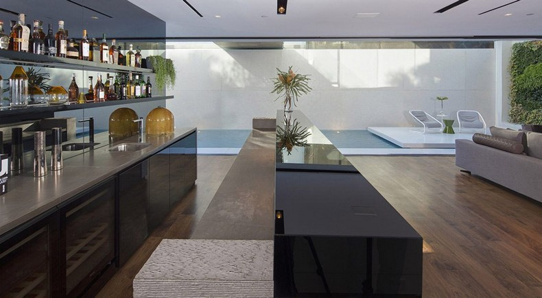 Calvin Klein Buys Beautiful Mansion in Hollywood Hills, Los Angeles for  Millions photo 9