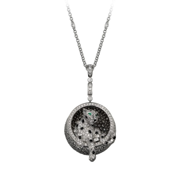 18K white gold necklace fully pavé-set with diamonds, set with onyx spots, onyx nose and emerald eyes. Necklace length: 65 cm. Motif height: 3 cm.