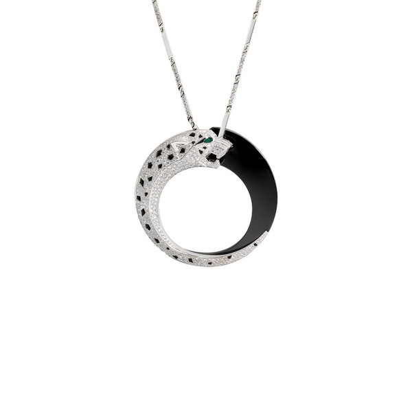 18K white gold pendant featuring a diamond-paved face, detachable rear motif, one emerald eye, onyx spots, ceramic ring. Chain length: 80 cm, with 46 white gold links and 8 diamond-paved links, motif width: 2.1 cm