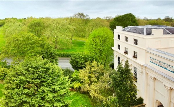 Chester Terrace Property in Regent's Park, London - selling for £35,500,000 16