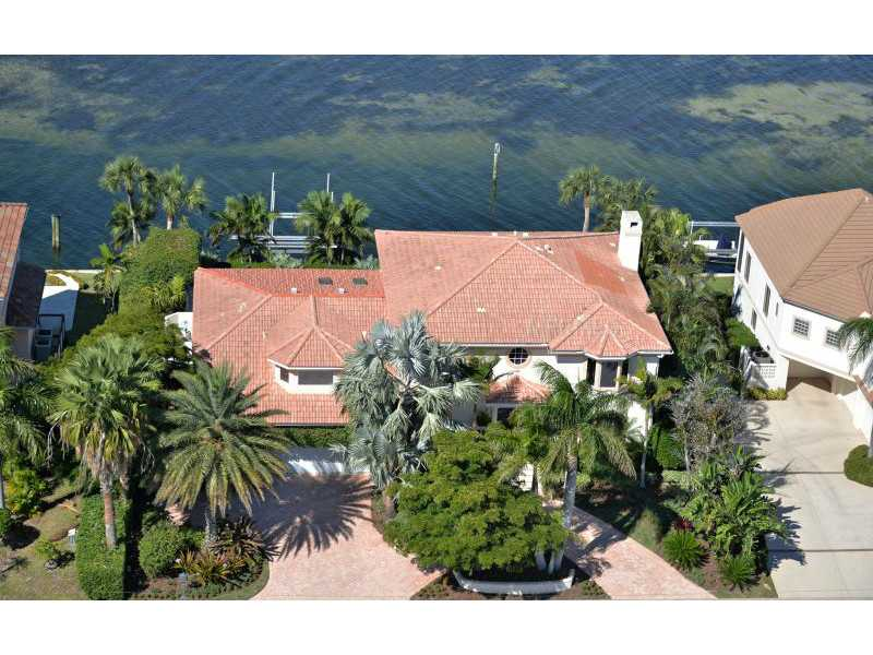 Exquisite Home in Longboat Key, Florida - selling for ,549,000-2