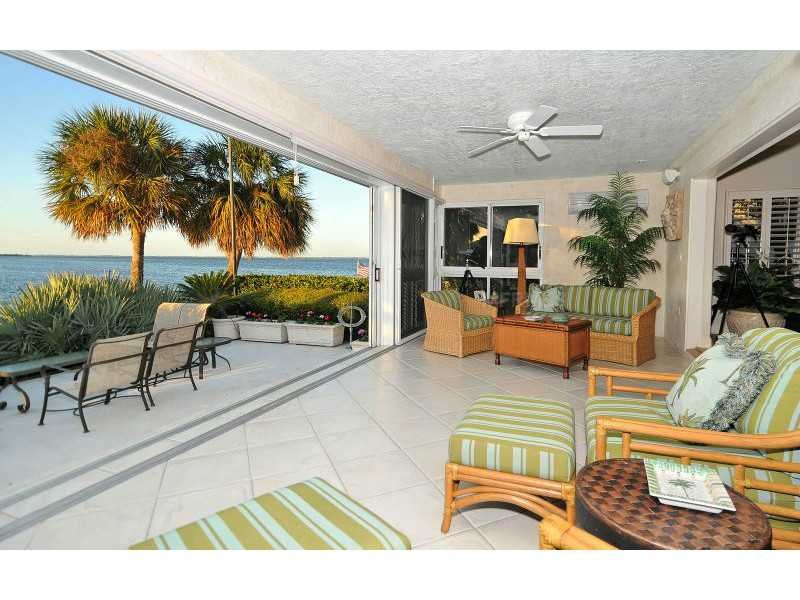 Exquisite Home in Longboat Key, Florida - selling for ,549,000-20