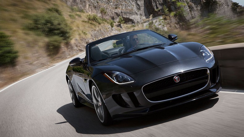 F-TYPE Convertible in Stratus Grey