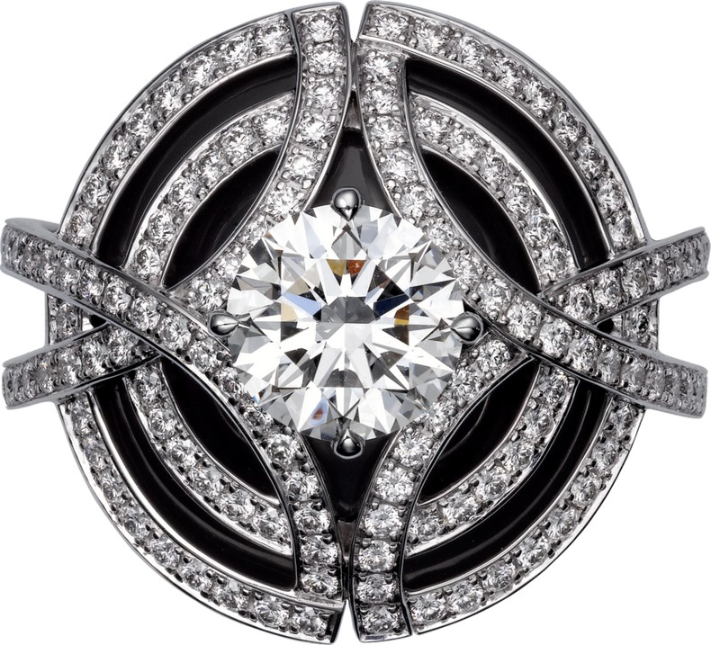 Galanterie de Cartier ring picture - white gold, black lacquer, diamonds