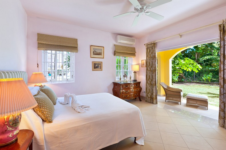 Jamoon Villa in Sandy Lane, Barbados photo 13