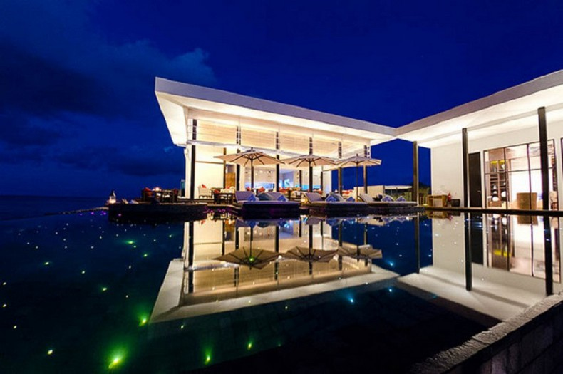 Top 20 most beautiful hotel swimming pools in the world for Top 20 luxury hotels in the world