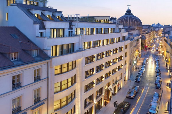 Mandarin Oriental Paris Exterior - Rue Saint Honore photo