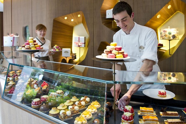 Mandarin Oriental Paris Hotel Cake Shop photo