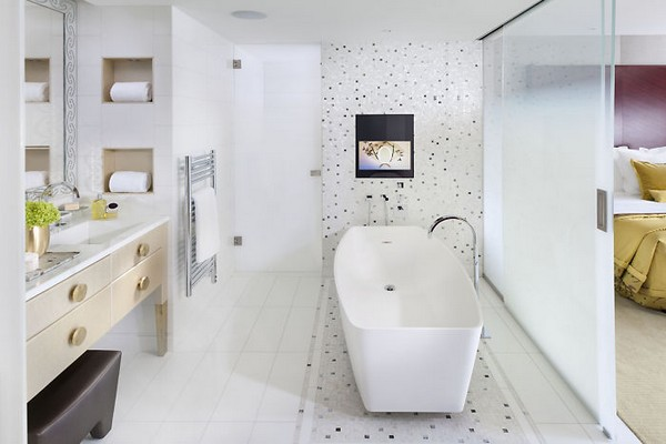 Mandarin Oriental Paris Hotel Deluxe Suite Bathroom photo