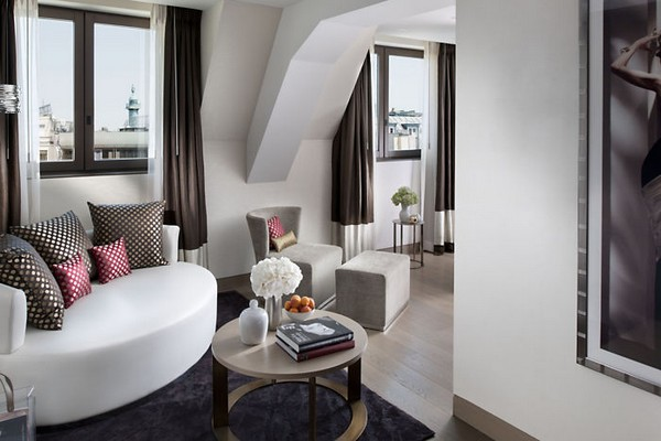 Mandarin Oriental Paris Hotel Duplex Suite Living Room photo