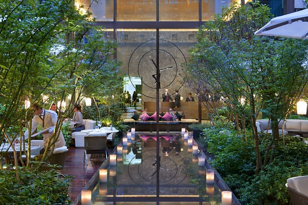 Mandarin Oriental Paris Hotel Lobby - Garden Evening photo