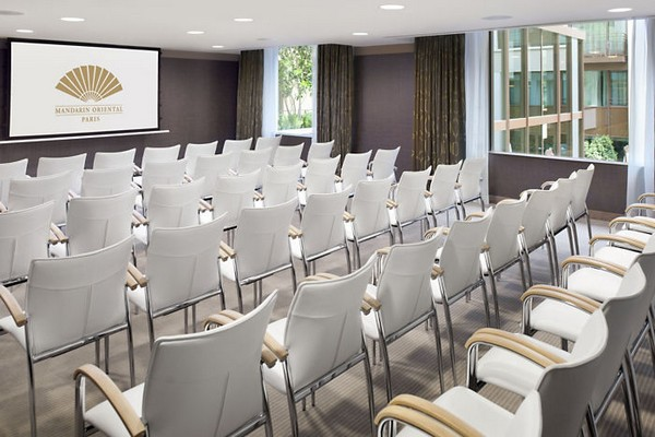 Mandarin Oriental Paris Hotel Meeting Room photo