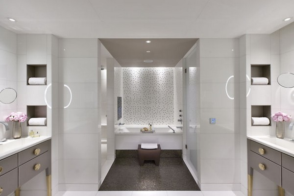 Mandarin Oriental Paris Hotel Terrace Bathroom photo