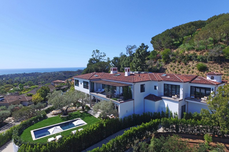 Ronald Reagan's Pacific Palisades Property Is Up For $33 Million