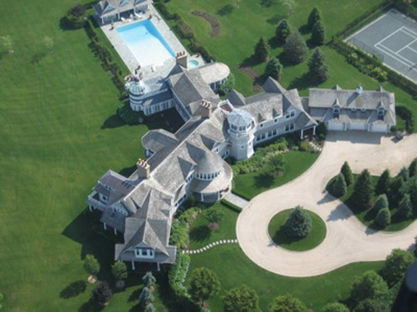 Top 20 Most Expensive Homes In The World - Fairfield Pond, The Hamptons, USA