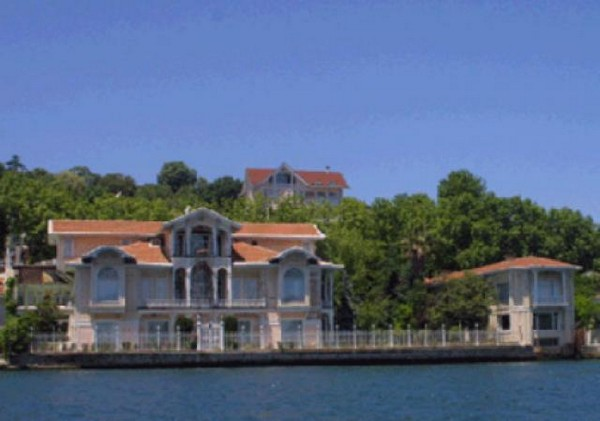 Top 20 Most Expensive Homes In The World - Waterfront Estate, Istanbul, Turkey