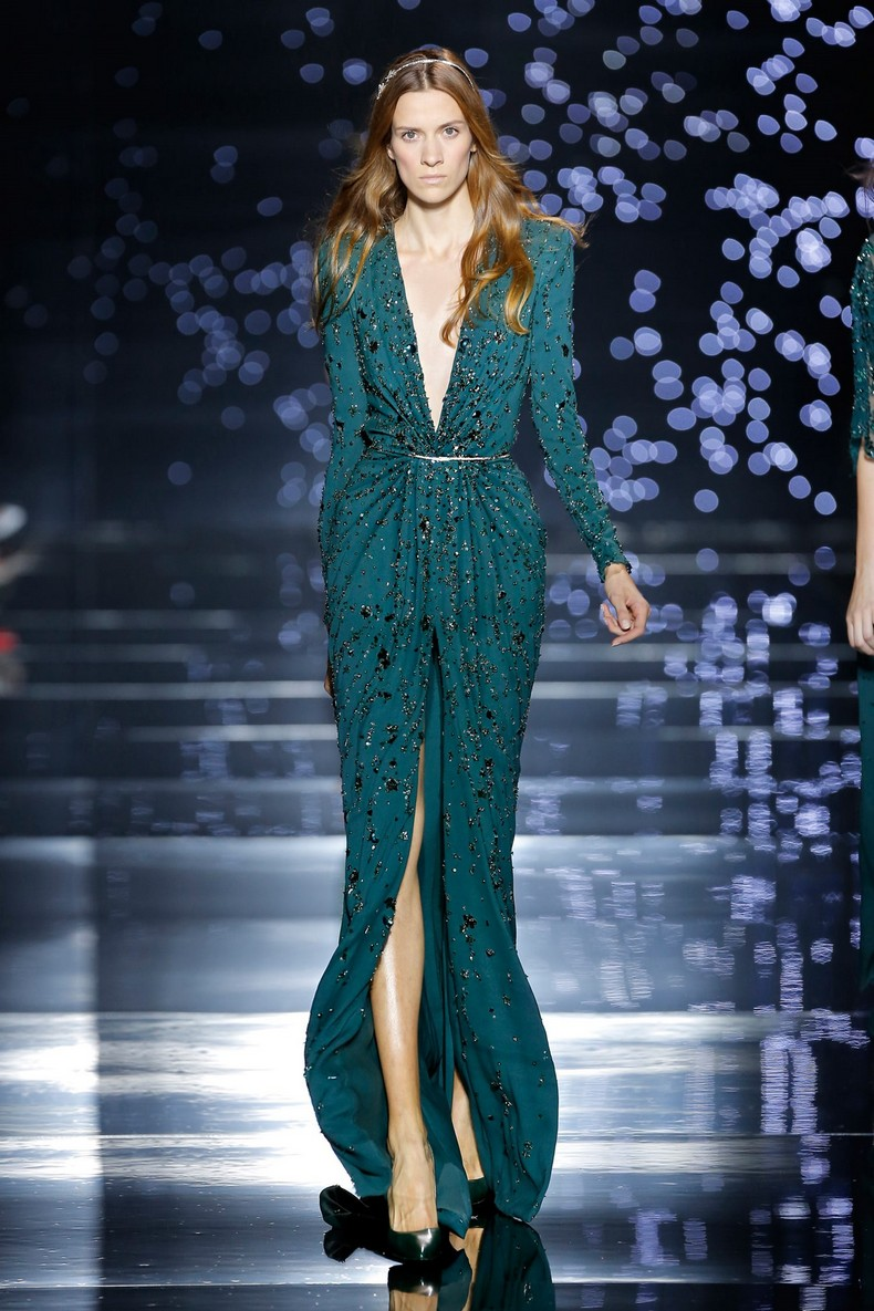 Zuhair Murad Haute Couture FW 2016 - Green silk tulle dress with a plunging neckline, kimono sleeves and star rainfall embroidery