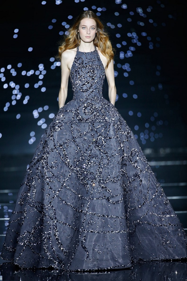 Zuhair Murad Haute Couture FW 2016 - Long dress embroidered with astrological patterns