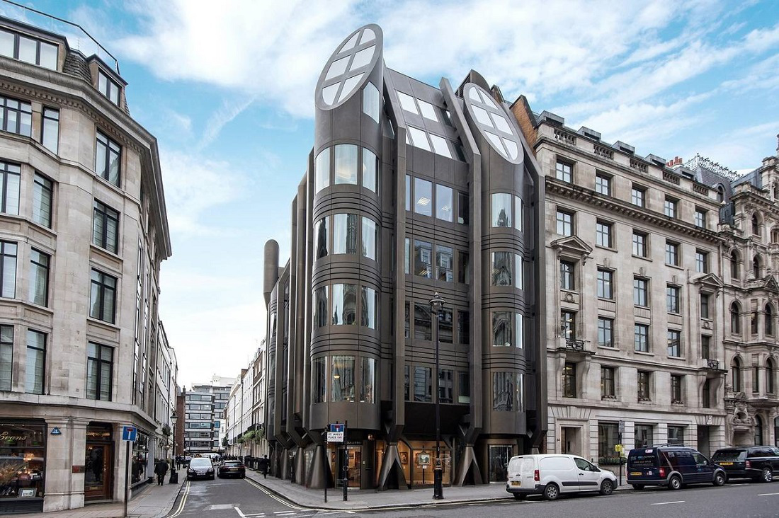 Luxury apartments - St. James Street Penthouse in London 1