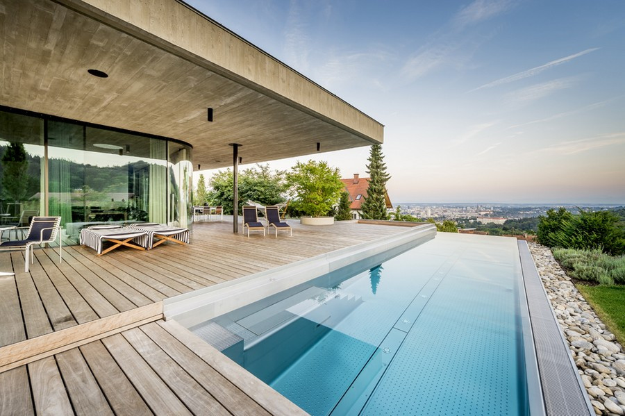 Haus E Linz by Caramel Architekten - spectacular mansion with amazing views of Linz, Austria