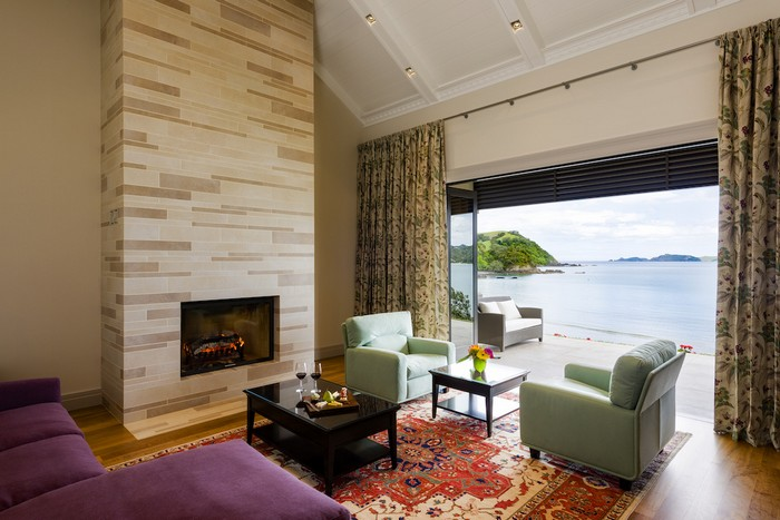 russian-billionaire-opens-the-spectacular-helena-bay-lodge-in-new-zealand-8
