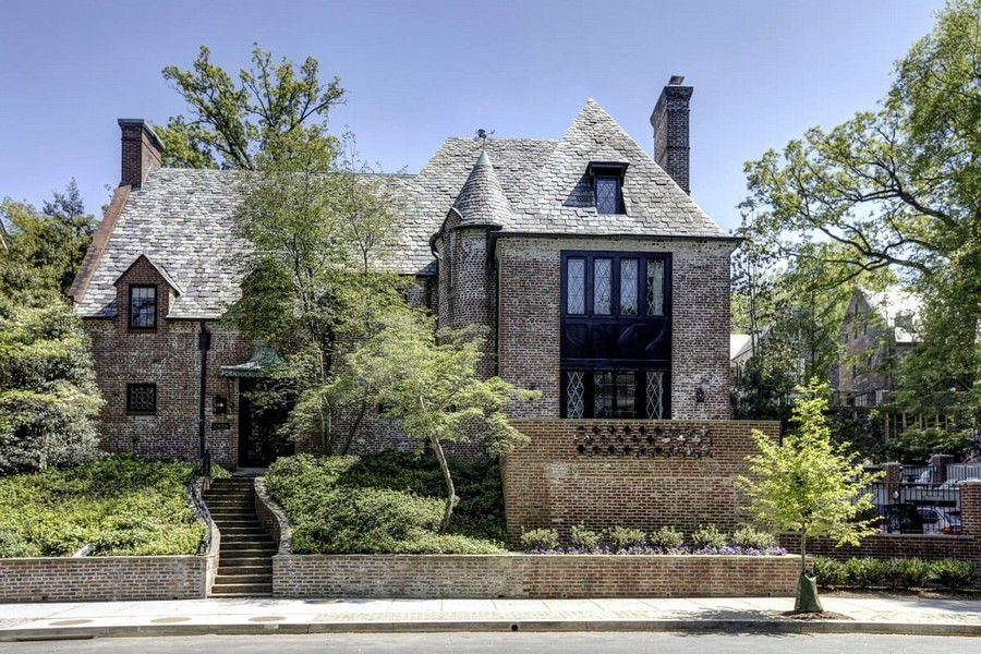 The luxurious $5.3 million Washington DC mansion where Barack Obama and his family will live after they leave the White House